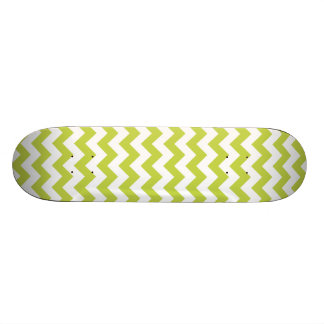 Green Zigzag Stripes Chevron Pattern Skateboard