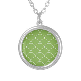 Greenery scales pattern silver plated necklace