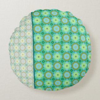 Greens  - round Pillow (12)