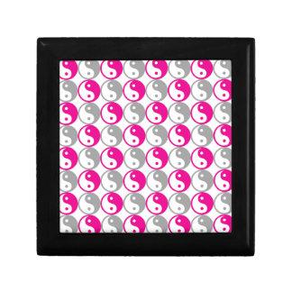 Grey and pink yin yang pattern gift box