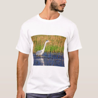 Grey heron, ardea cinerea, in a pond T-Shirt