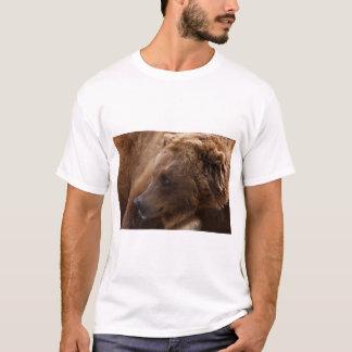 Grizzly Bear Basic T-Shirt