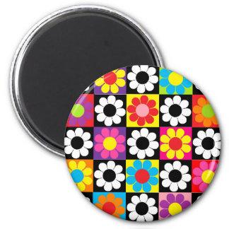 Groovy Retro Flower Power 6 Cm Round Magnet