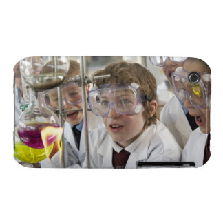 Group of children (9-12) watching experiment in iPhone 3 case
