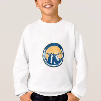 Growler Hanging Clothesline Fence Circle Woodcut Sweatshirt