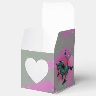 GRUNCH ALIEN  CARTOON Heart 2x2 Favor Box