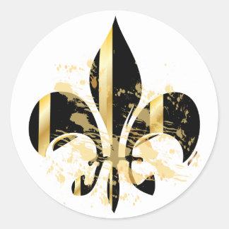 Grunge Fleur de Lis/black + gold Round Sticker