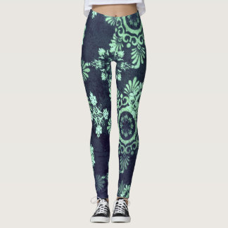 Grungy Snowflake leggings