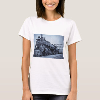 GTW Steam Engine #6335 Train #17 T-Shirt