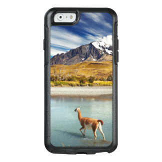 Guanaco crossing the river in Torres del Paine OtterBox iPhone 6/6s Case