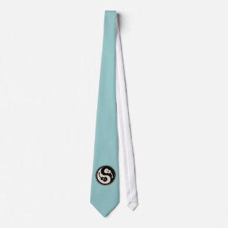 guit-yang1-blk-tan-T Tie