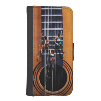 Guitar Climbers iPhone 5/5s Wallet Case