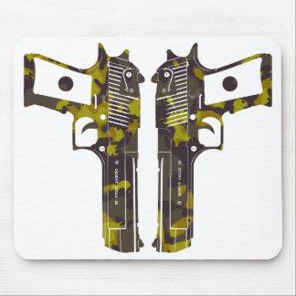 guns camo 2 mouse pad