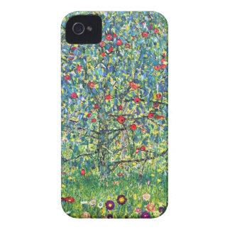 Gustav Klimt: Apple Tree Case-Mate iPhone 4 Cases