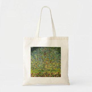 Gustav Klimt painting art nouveau The Apple Tree Bag