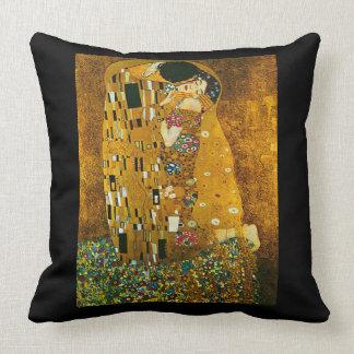 """Gustav Klimt's """"The Kiss"""" Art Pillow"""
