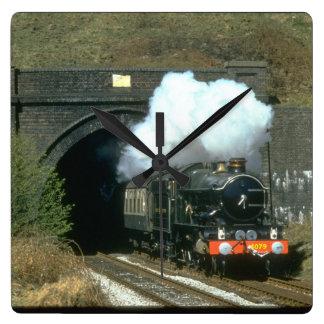 GWR No. 4079 Pendennis Castle_Steam Trains Wall Clocks
