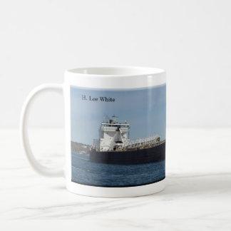 H Lee White full picture mug