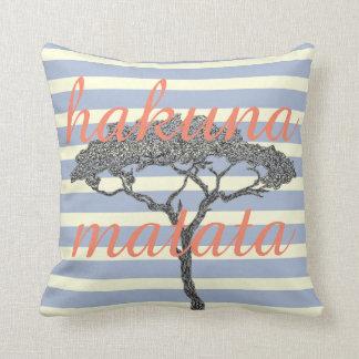 Hakuna matata! Relax beach holiday home decoration Throw Pillow
