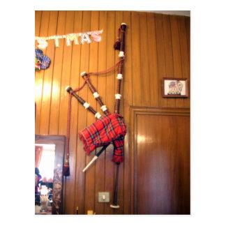 Hakuna Matata Scotland Musical bagpipe Gifts.png Postcard