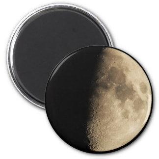 Half Moon 6 Cm Round Magnet
