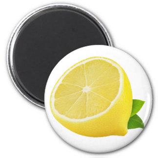 Half of lemon 6 cm round magnet