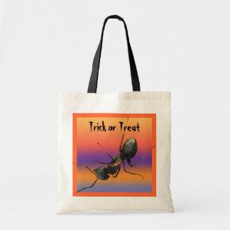 Halloween Ant Budget Tote Bag
