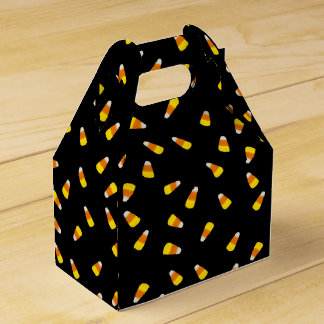 Hallowe'en Black background with candy corn Favour Box