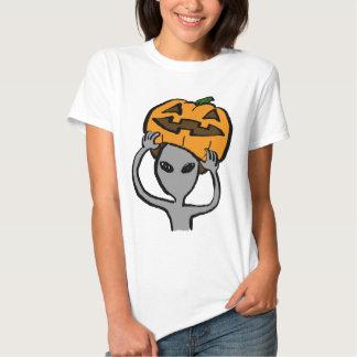 < Halloween extraterrestrial (both sides) Tee Shirt