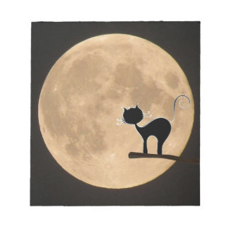 Halloween gothic black cat with full moon notepad