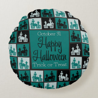 Halloween haunted house mosaic round cushion