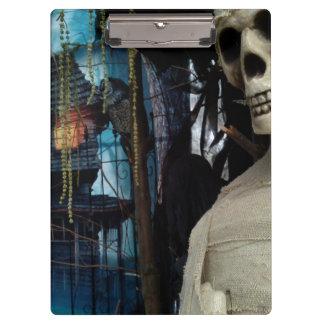 Halloween Mummy and Spooky House Clipboard