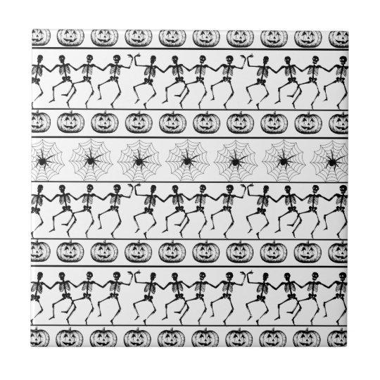 Halloween pattern tile