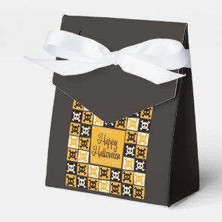 Halloween skull mosaic favour box