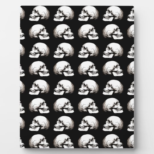 Halloween skull pattern plaque