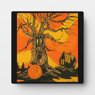 Halloween Spook Tree Plaque