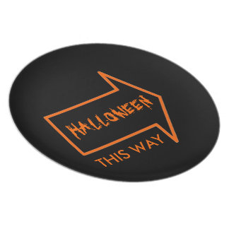 HALLOWEEN THIS WAY PARTY PLATE