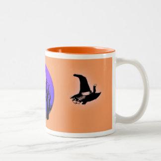 Halloween witch night scene mug