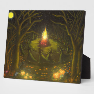 Halloween witches around bonfire easel back art plaques