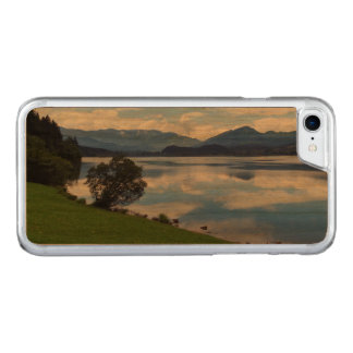 Hallstattersee lake, Alps, Austria Carved iPhone 8/7 Case
