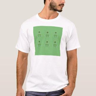 HAND DRAWN Paisley Green. Original art T-Shirt