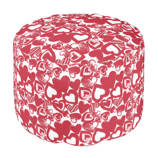 Hand-Drawn Red Hearts Pattern Round Pouffe