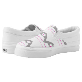 Hand making heart sign with breast cancer ribbon Slip-On shoes