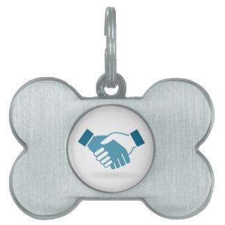 Hand shake pet name tag
