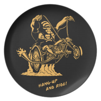 Hang Up & Ride! Dinner Plates