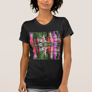 HAPPY EARTHDAY Decorated TREE line - GIFTS all Tee Shirt
