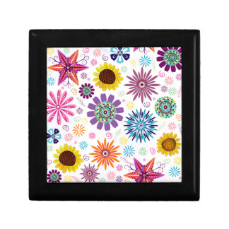 Happy floral pattern small square gift box