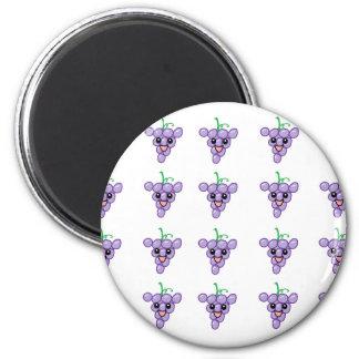 Happy Grapes 6 Cm Round Magnet