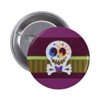 Happy Halloween Smiling Skull and Crossbones 6 Cm Round Badge