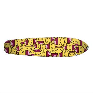 Happy smiley face. 21.6 cm old school skateboard deck